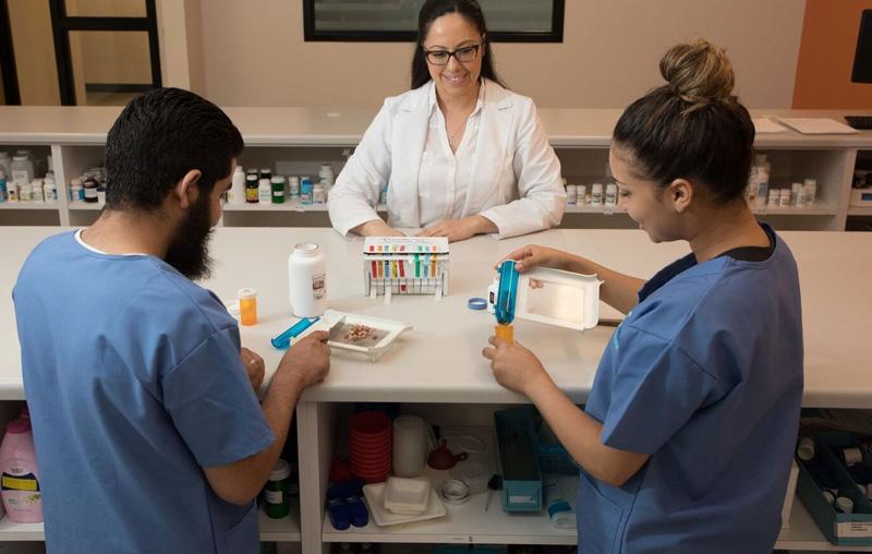 pharmacy technician career in california